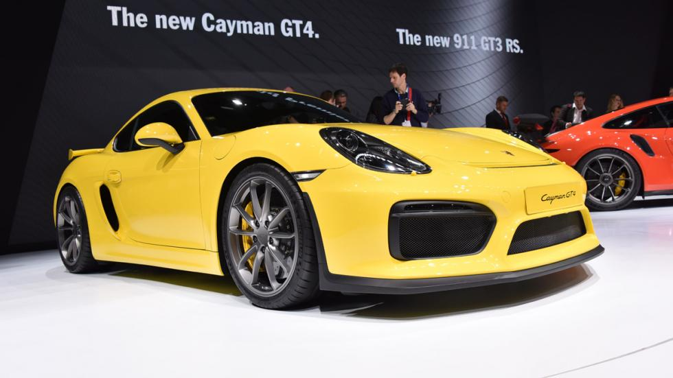 coches-inversion-casi-segura-Porsche-Cayman-gt4