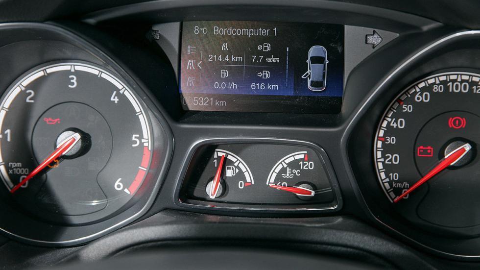 Ford Focus Sportbrake ST 2.0 TDCi relojes
