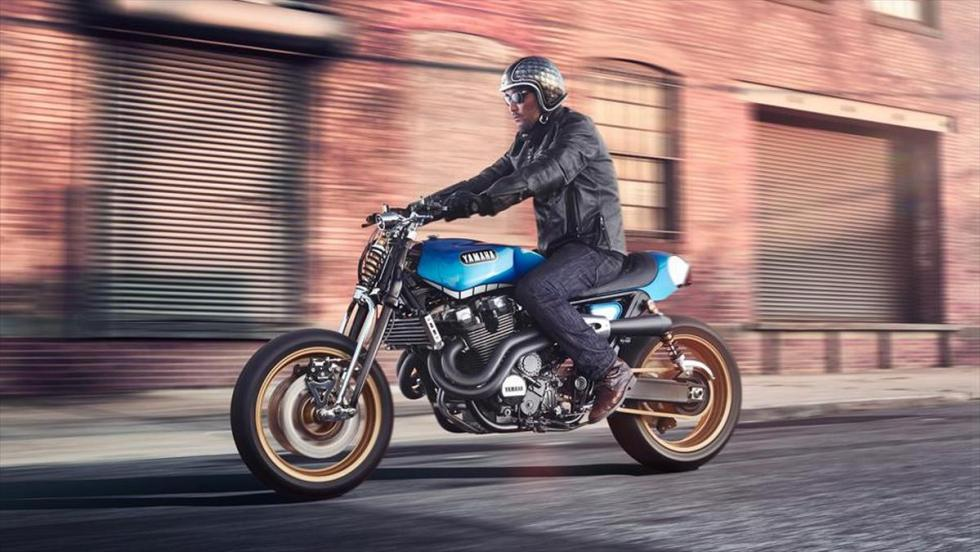 Yamaha XJR1300 'Rhapsody in Blue' by Keino rodando