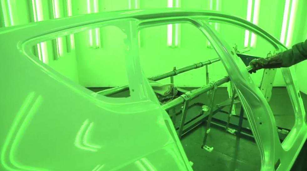 Proceso de calidad del acero en la fábrica de Opel en Zaragoza.