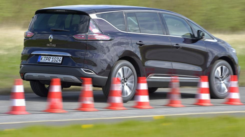 Renault Espace 2015 en movimiento
