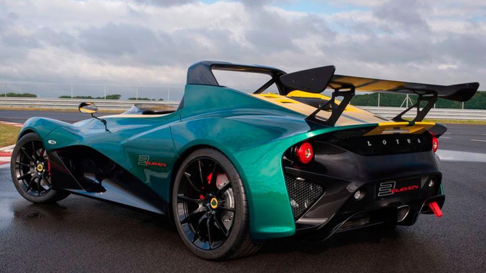 Lotus 3-Even tres cuartos traseros