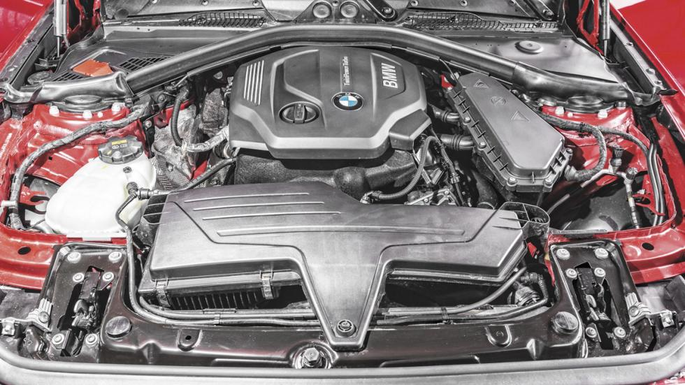 BMW 116d lateral motor