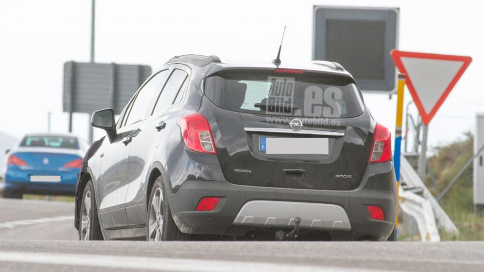 Opel Mokka 2016 trasera