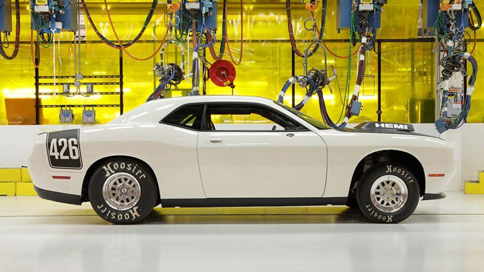 Dodge Challenger Drag Pak lateral