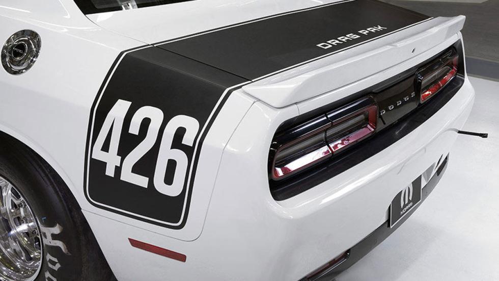 Dodge Challenger Drag Pak 426
