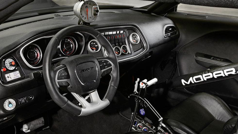 Dodge Challenger Drag Pak interior