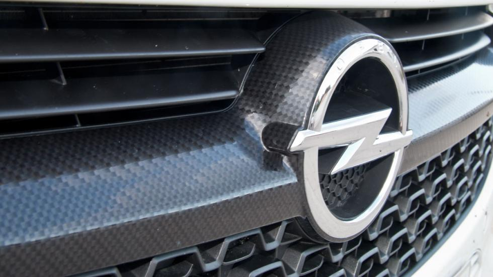 Opel Adam Slam 1.0 fibra carbono
