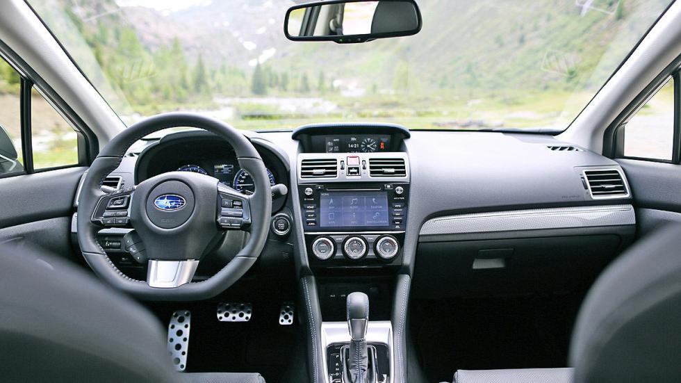 Subaru Levorg detalle interior