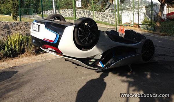 accidente BMW i8 mejico