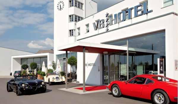 Wiesmann MF3 en hotel V8