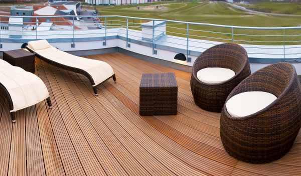 terraza hotel V8