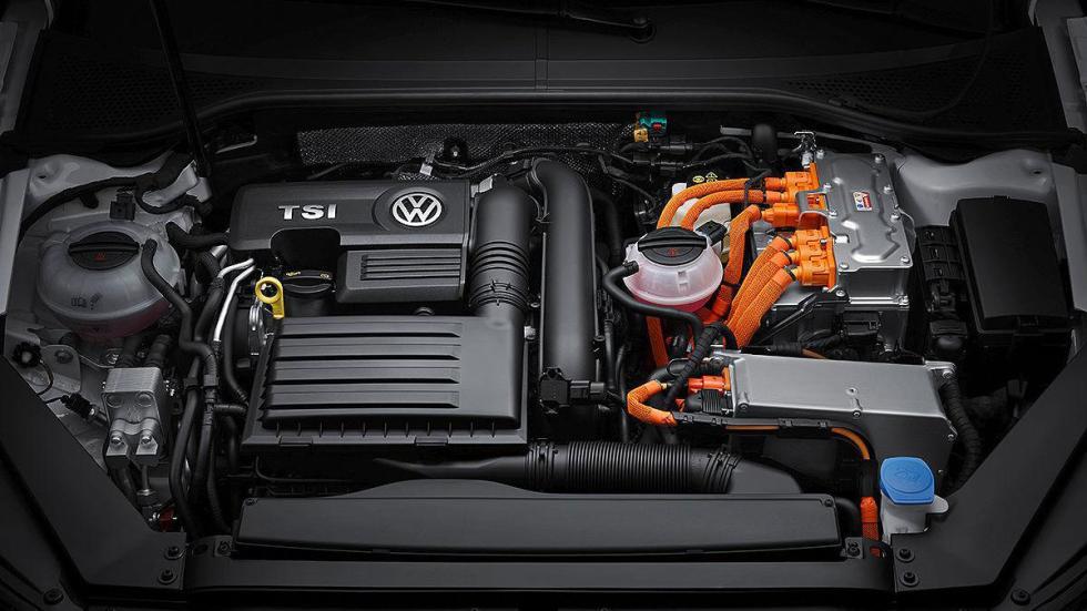Volkswagen Passat GTE motor