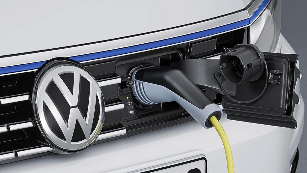 Volkswagen Passat GTE eléctrico