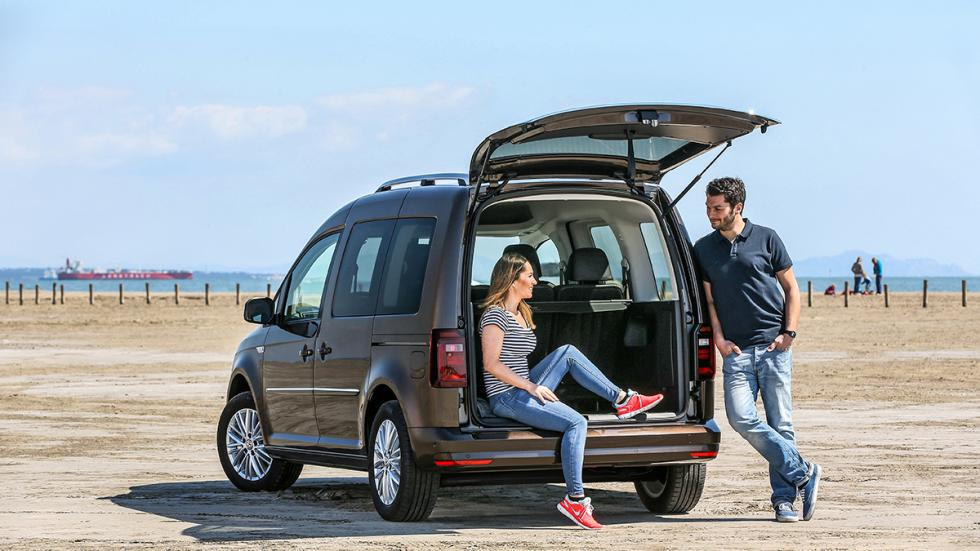 Volkswagen Caddy 2015 beach