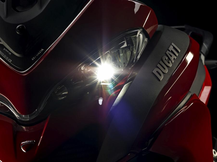 Ducati Multistrada 1200 : faros con leds
