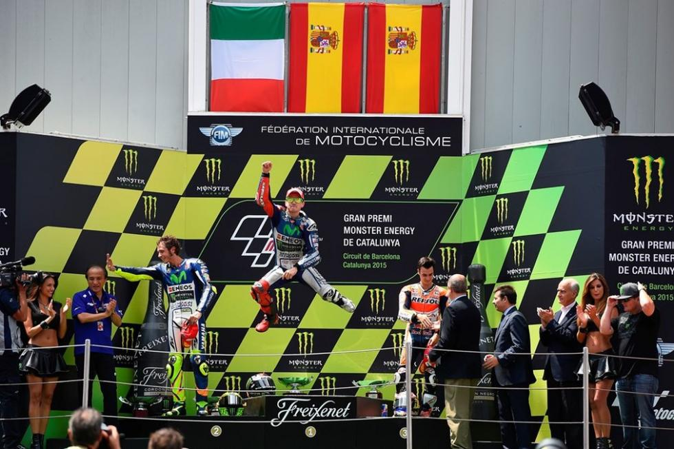 Rossi y Lorenzo en el podium