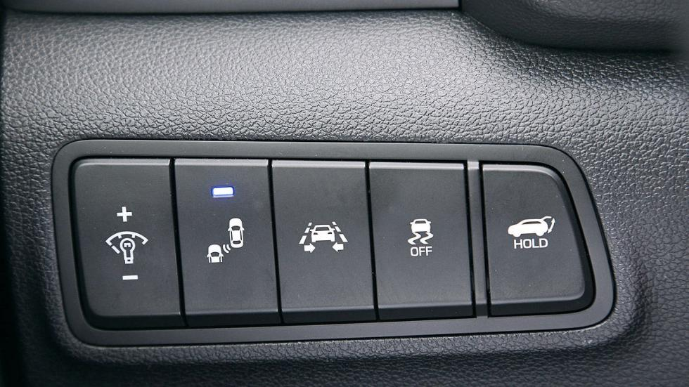 Prueba Hyundai Tucson 2015 interior botones