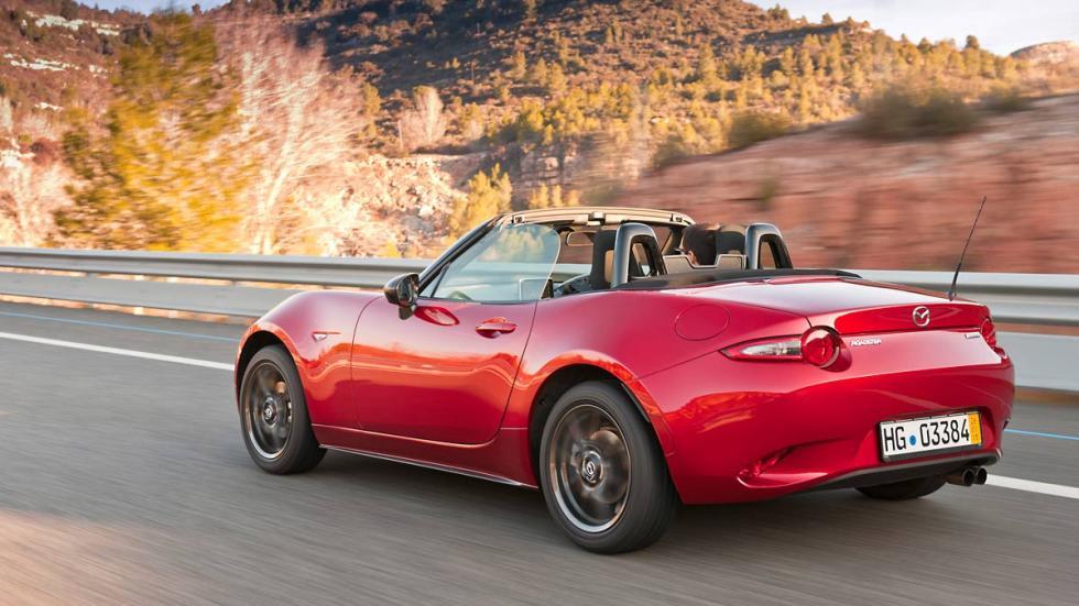 Nuevo Mazda MX-5 tres cuartos traseros