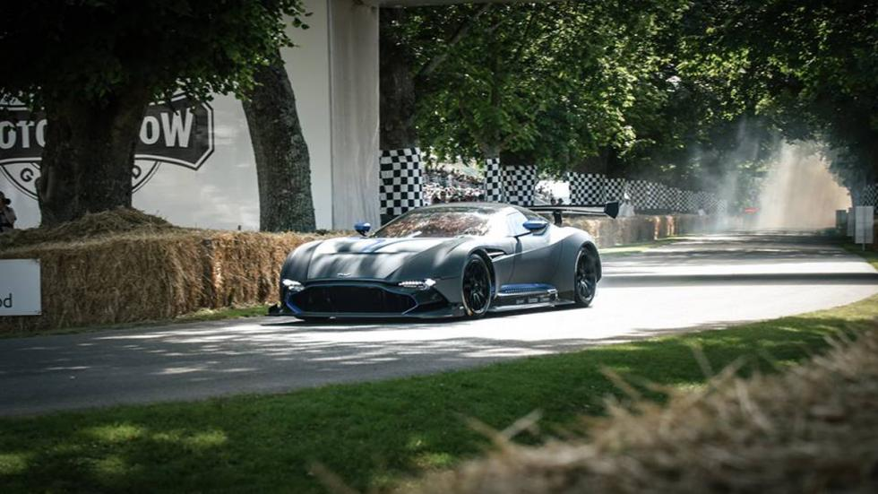 superdeportivos-mas-increibles-goodwood-Aston-Martin-Vulcan