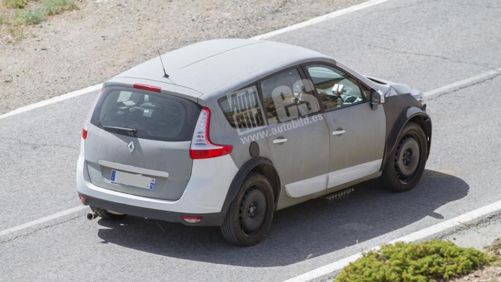 Renault Grand Scenic 2017 mula trasera