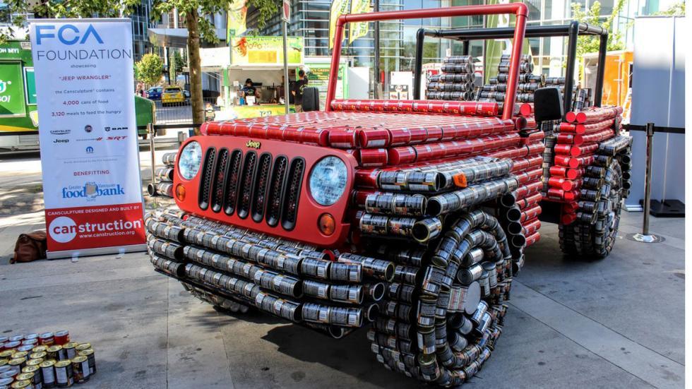 Jeep Wrangler hecho de latas