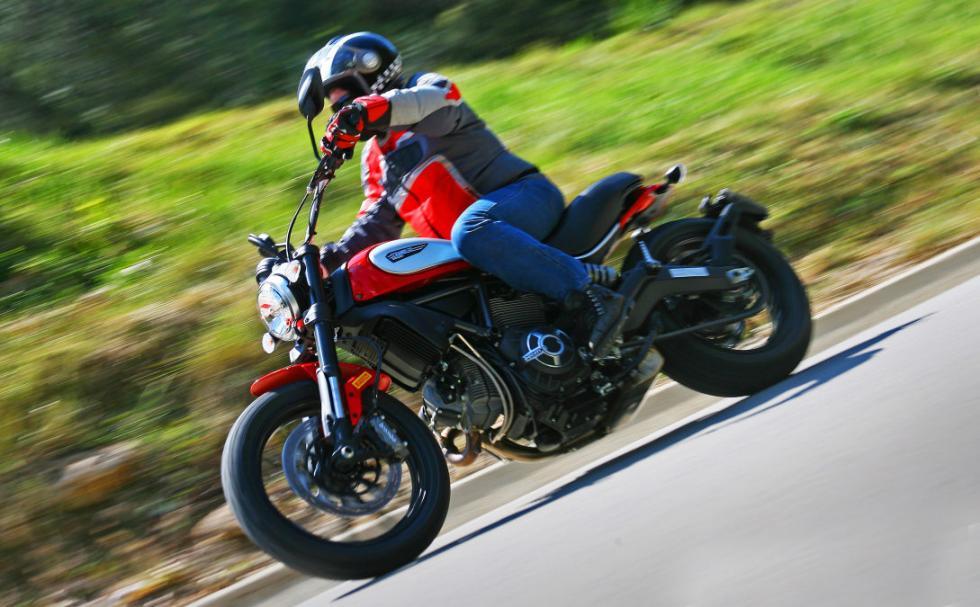 Ducati Scrambler Icon barrido izquierda