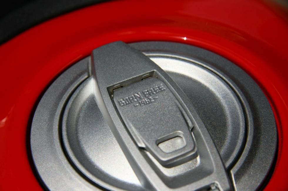Ducati Scrambler Icon tapón depósito