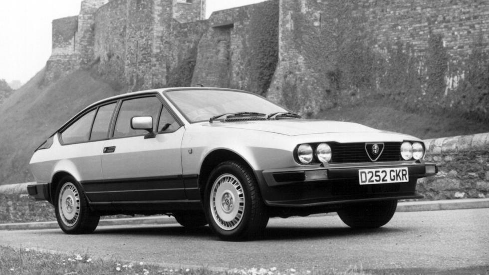 Alfa Romeo GTV delantera