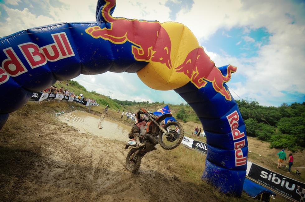 Red Bull Romaniacs enduro, arco Red Bull