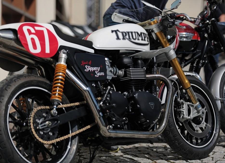 Triumph Tridays 2015: moto retro