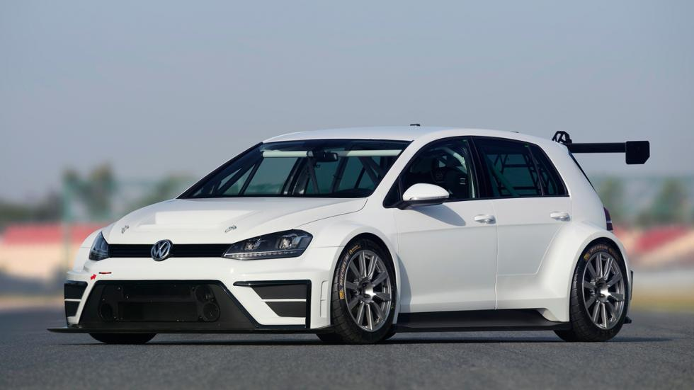 Golf TCR delantera