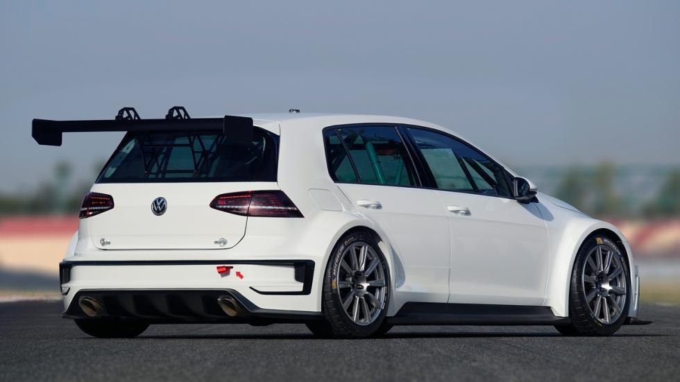 vías del VW Golf TCR