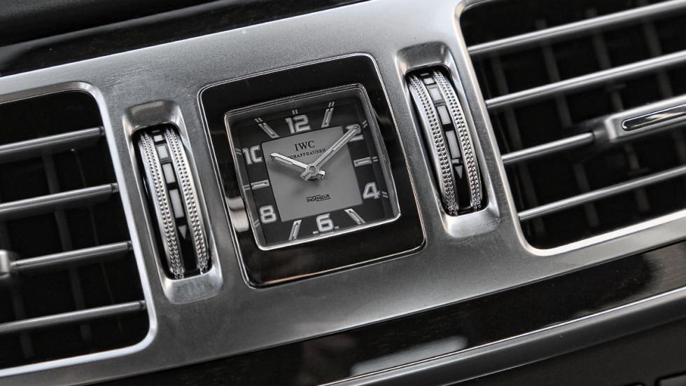 Mercedes E 63 AMG reloj