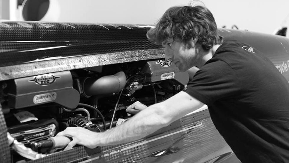 guy-martin-Triumph-Bonneville-motores