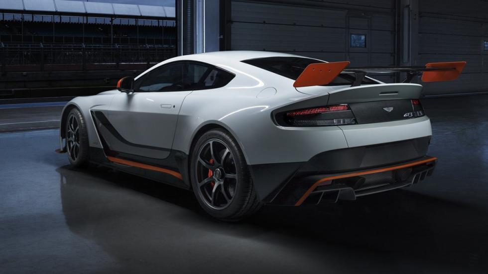 coches-serie-alerones-gigantescos-aston-martin-vantage-gt12