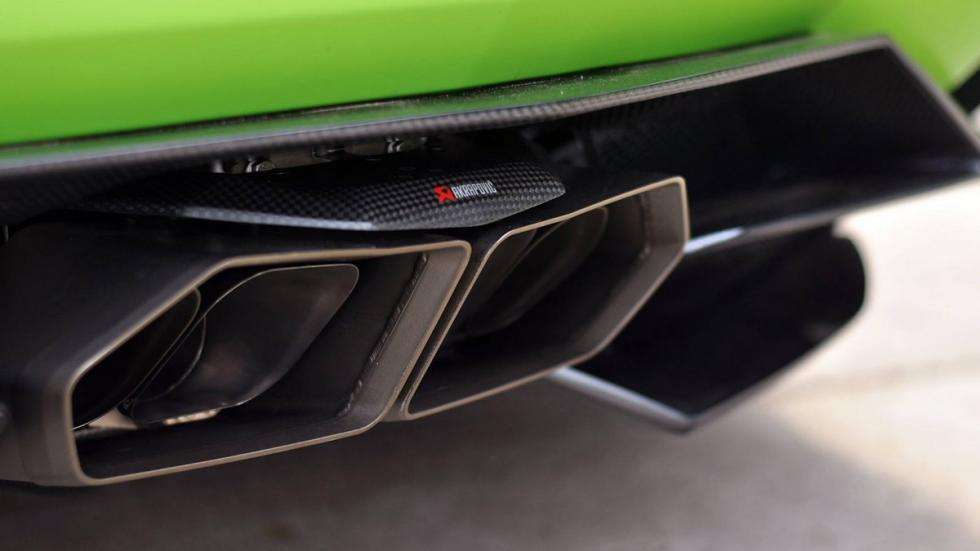 Novitec Torado Lamborghini Aventador verde escape akrapovic