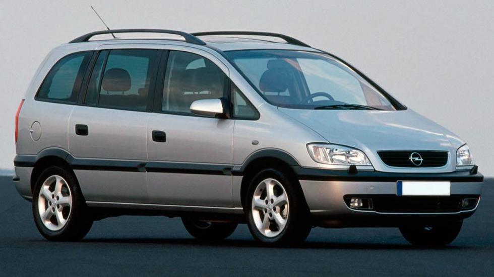Opel Zafira delantera