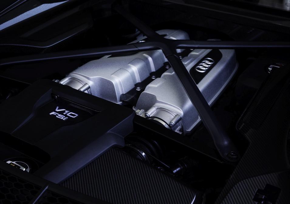 audi-r8-motor