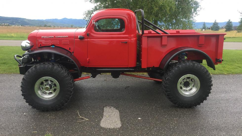 Dodge Power Wagon lateral lateral