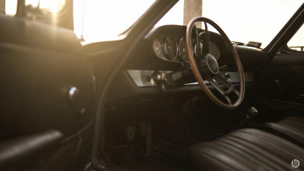 Porsche 912 interior