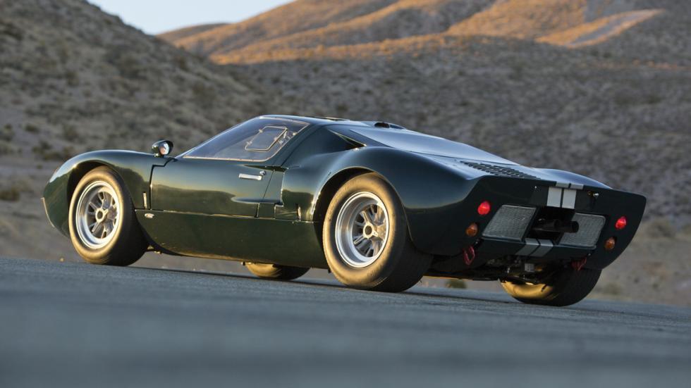 mejores-clasicos-deportivos-americanos-Ford-GT40-zaga