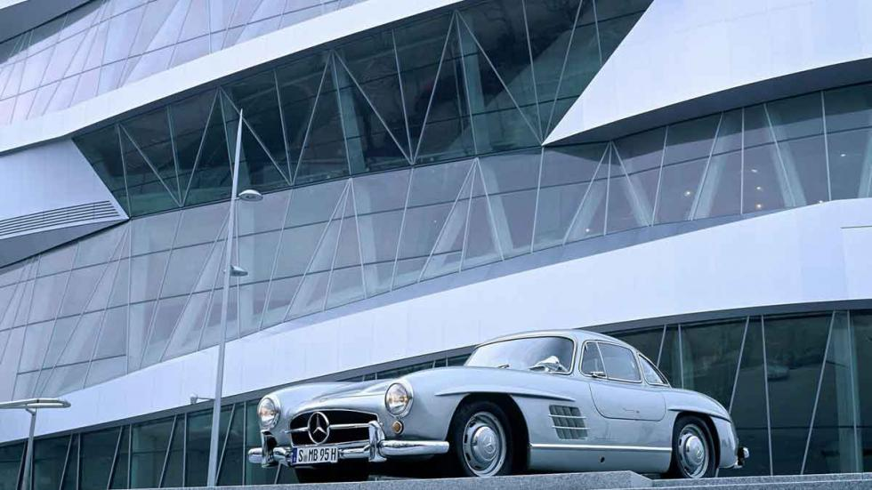Vista exterior del Mercedes-Benz Museum, en Stuttgart.