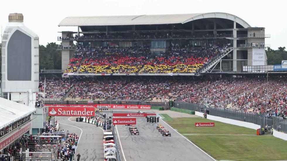 La tribuna sur del El DTM, en el Hockenheimring, durante el GP de F1.