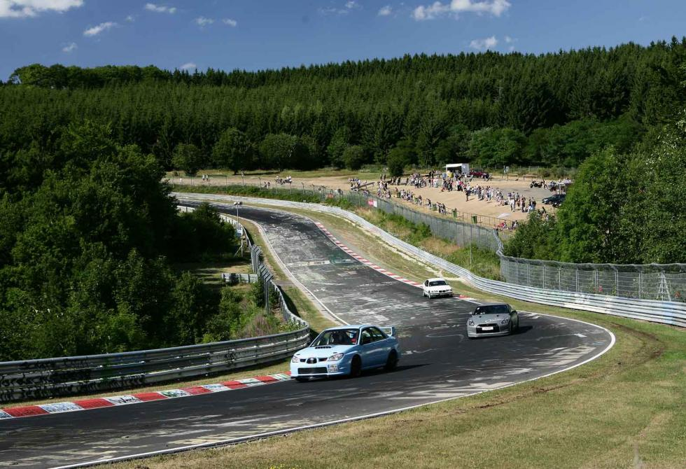 Cualquiera sueña con una vuelta al circuito de Nürburgring.