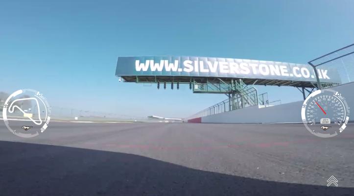 Cámara parachoques delantero video interactivo Ford Mustang V8 5.0 Silverstone