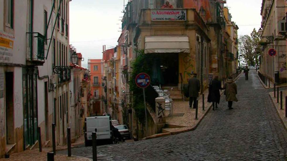 Una de las calles del Bairro Alto.