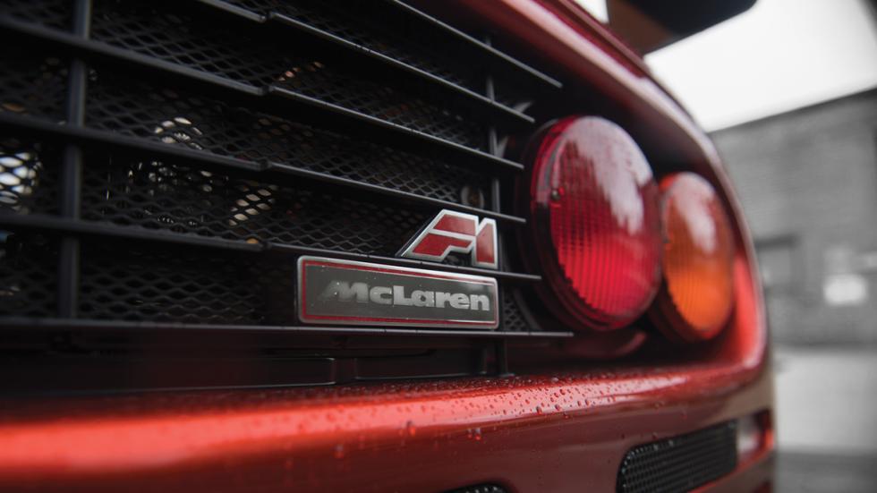 McLaren F1 LM emblema