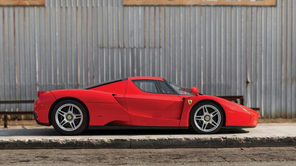 Ferrari Enzo subasta perfil