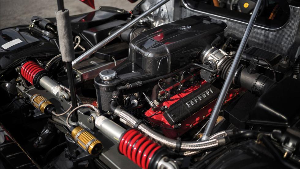 Ferrari Enzo subasta motor